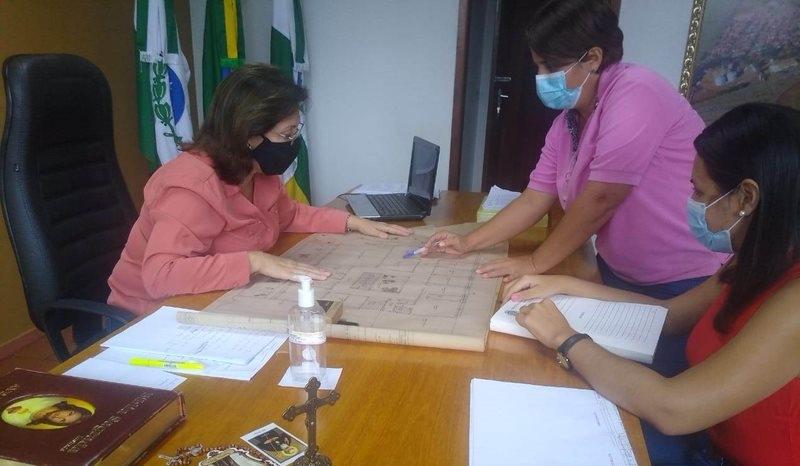 Secretaria de Obras e Viação da Prefeitura de Itambaracá apresenta Plano de Ação em Serviços Público