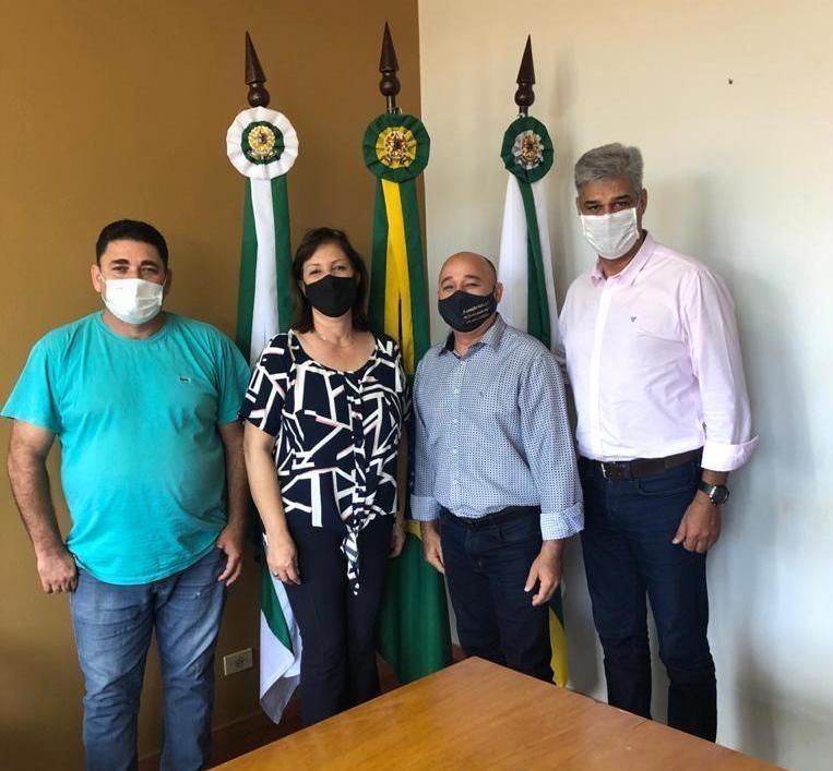 Superintendente do Ministério da Agricultura visita Itambaracá